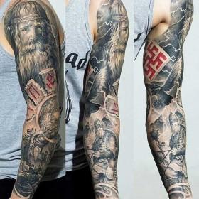 Фото крутого тату в языческом стиле на рукаве парня