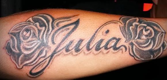 с фото елизавета татуировка именем