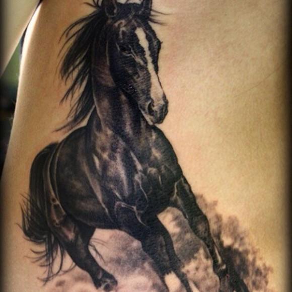 фото тату лошадей
