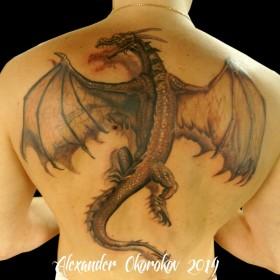 Тату дракона на спине мужские фото