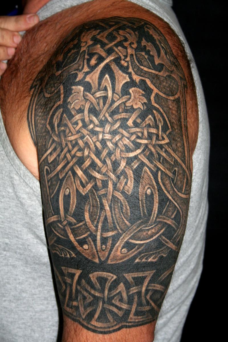 Фото кельтского тату на руке мужские
