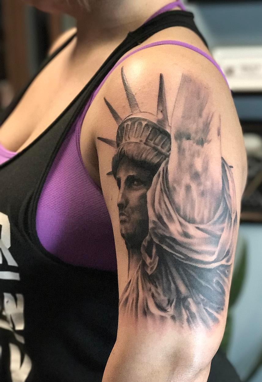 Татуировки 2018 года фото
