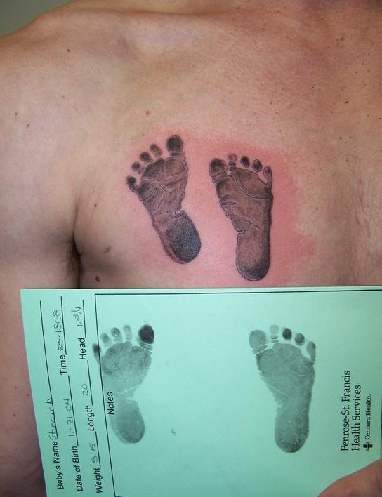 рисунок тату груди
