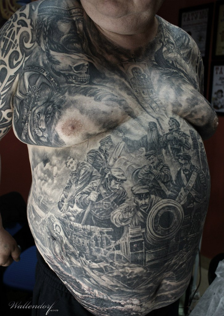 Татуировки на животе мужские - фотографии 46