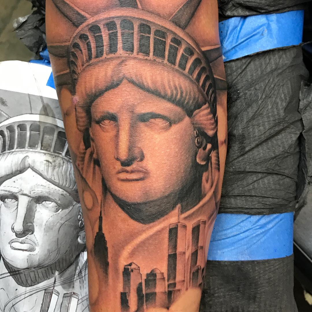 Рисунок статуи свободы