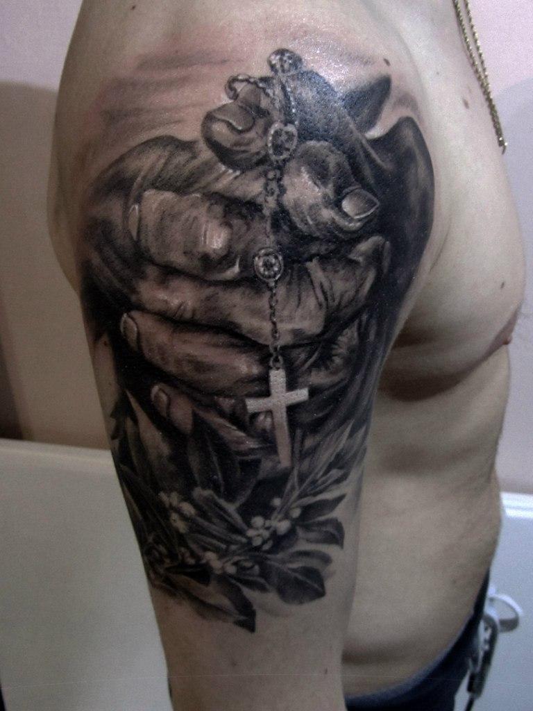 фото тату на плече крест