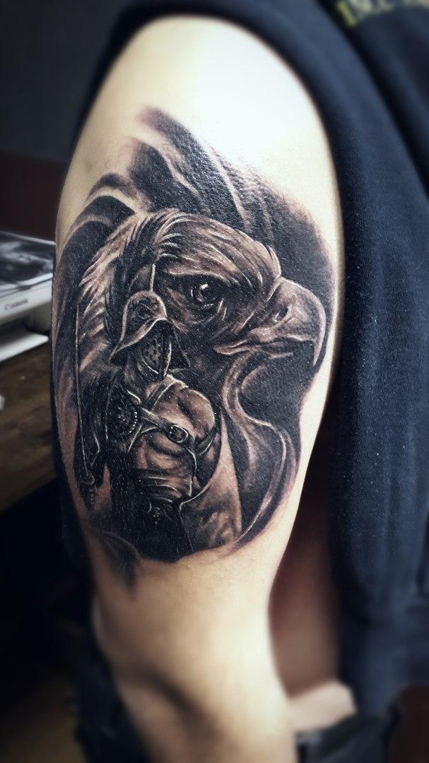 фото тату на плече орла