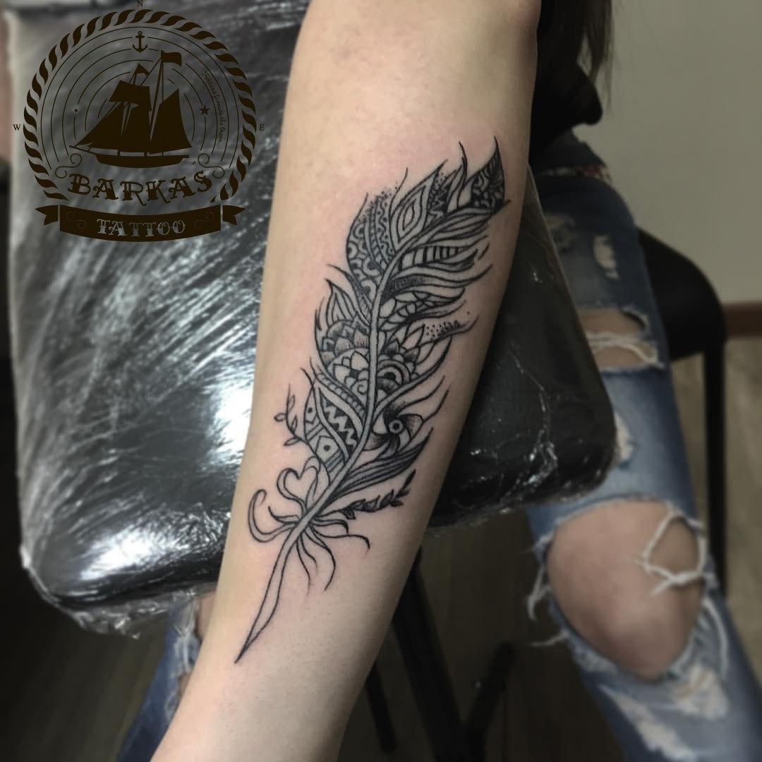 Татуировки на руках для женщин фото