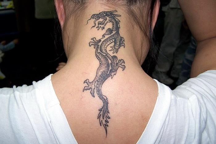 Фото дракон на шеи тату