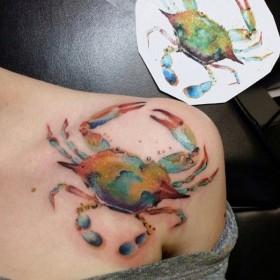 Татуировки морских животных на ключице