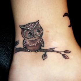 Татуировки птиц на щиколотке