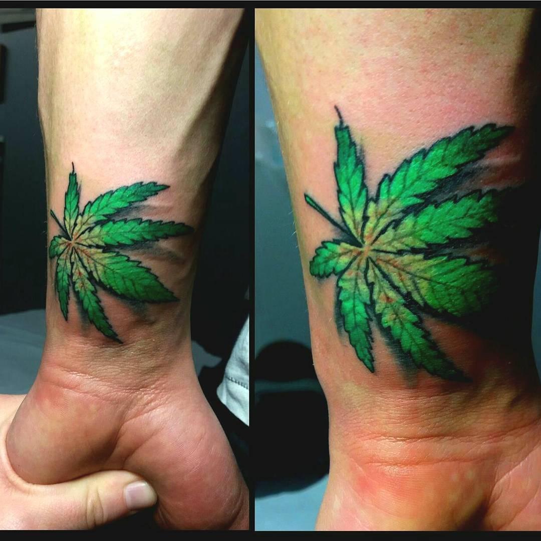 Лист конопли татуировка что значит коноплю кроликам можно
